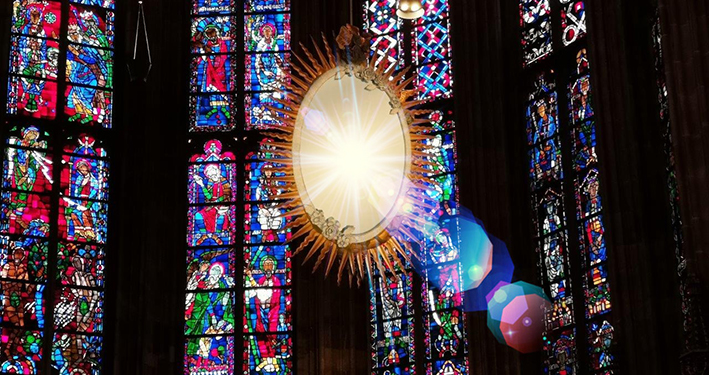 Im Tempel der tausend Spiegel